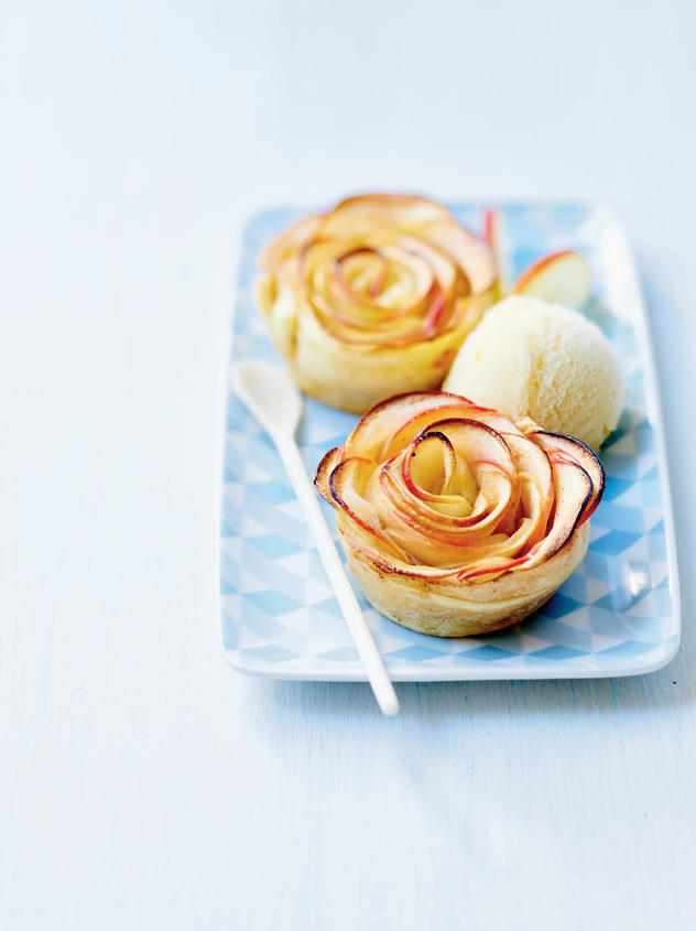 Tupperware Apple Rose Tupcakes
